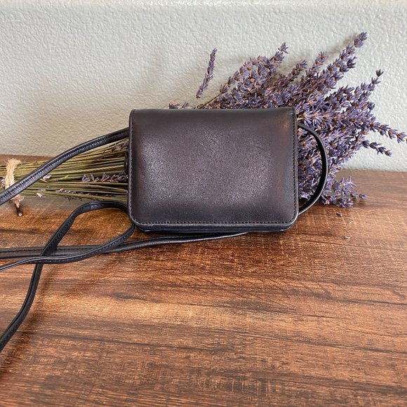 Leather Crossbody Wallet w/ Removable Strap